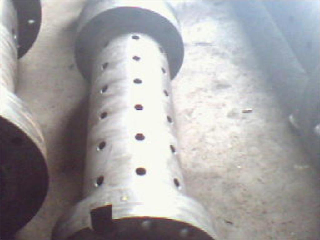 钉式冷喂料机筒螺杆